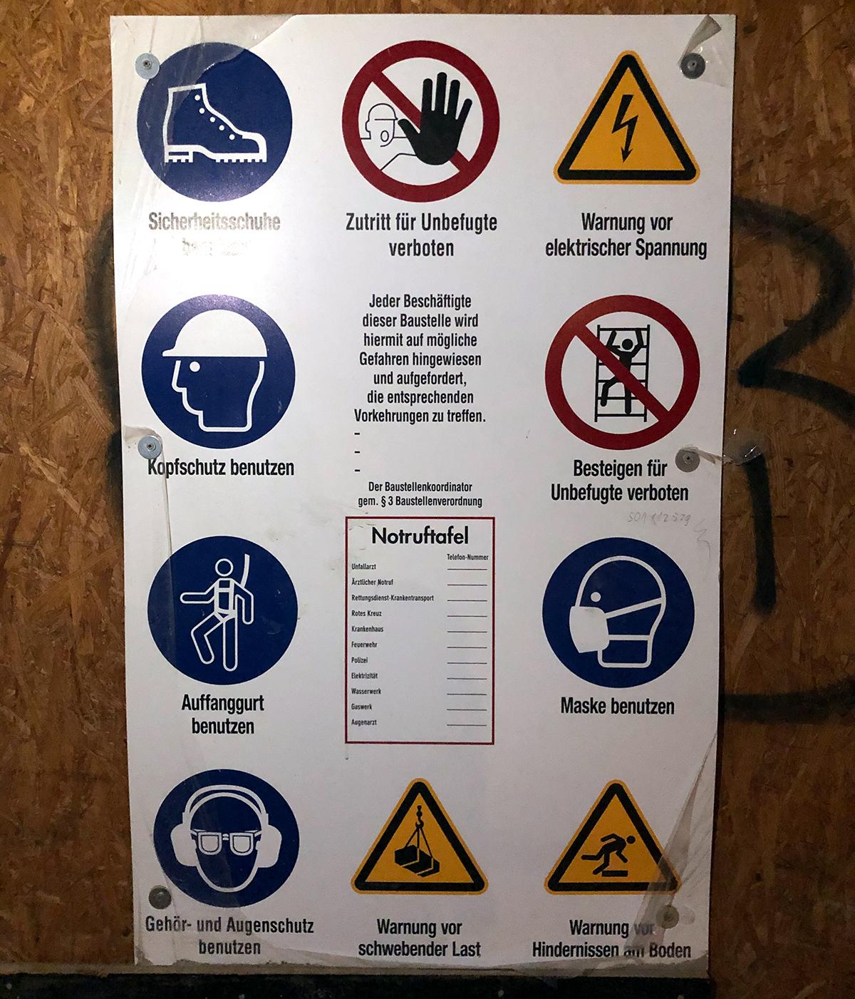Arbeitsschutz Bedeutung Symbole und Siegel dokumentation